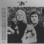 ty-segall-white-fence-joy-1531147498-640x636-1531165939-640x6361-1531943057-640x636